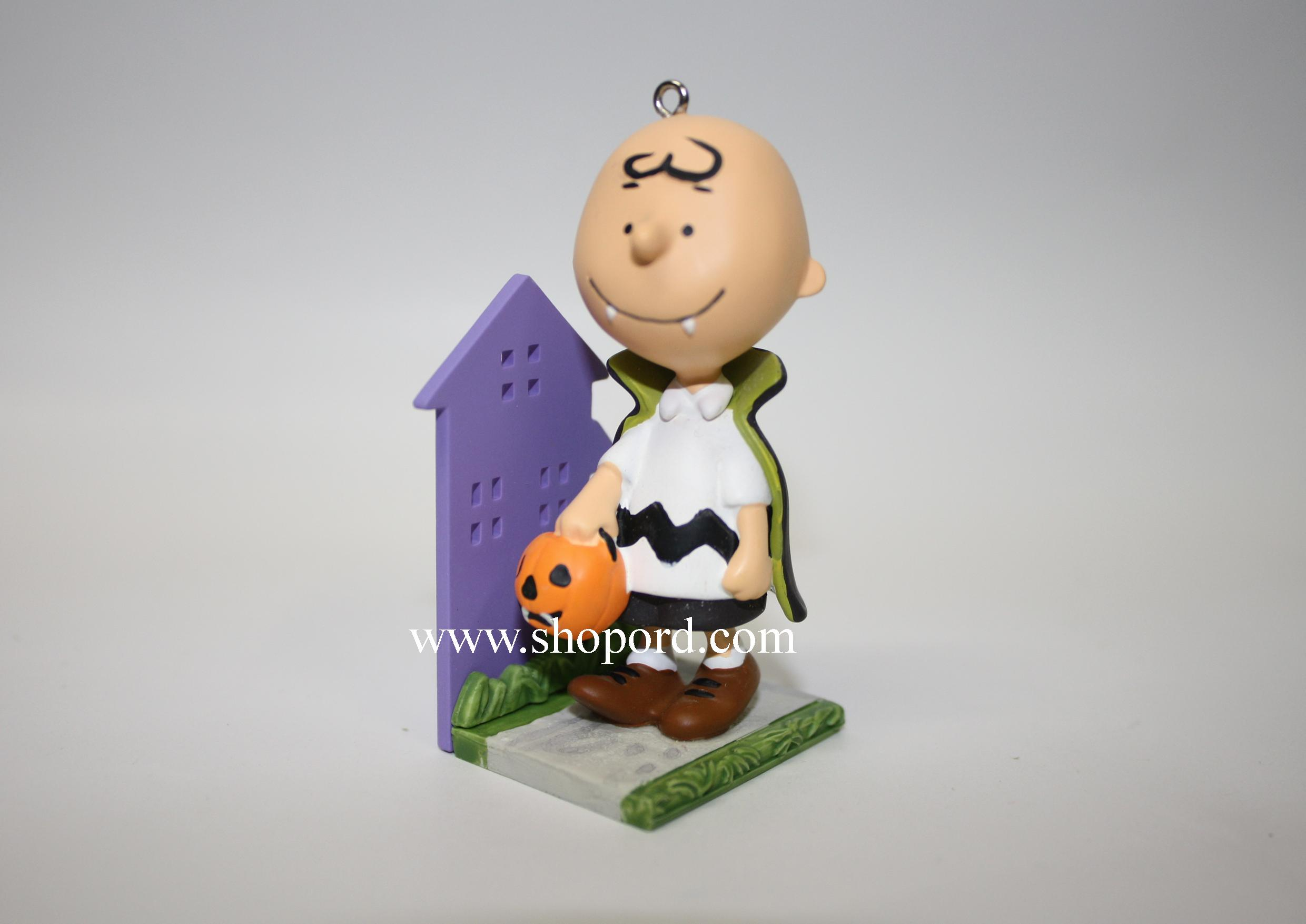 Hallmark 2011 A Little Bite of Fright Halloween Ornament Charlie ...