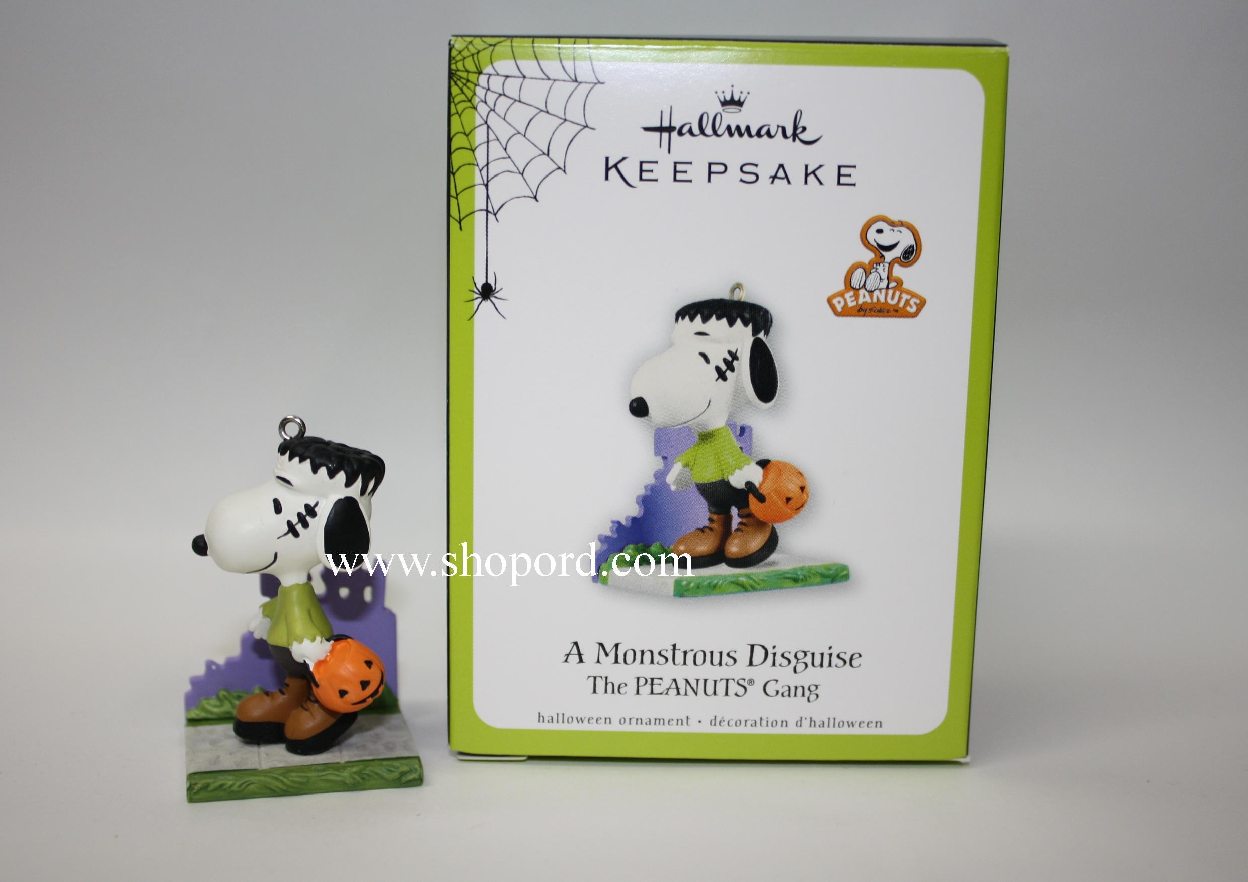 Hallmark 2011 Halloween A Monstrous Disguise (Snoopy in The ...