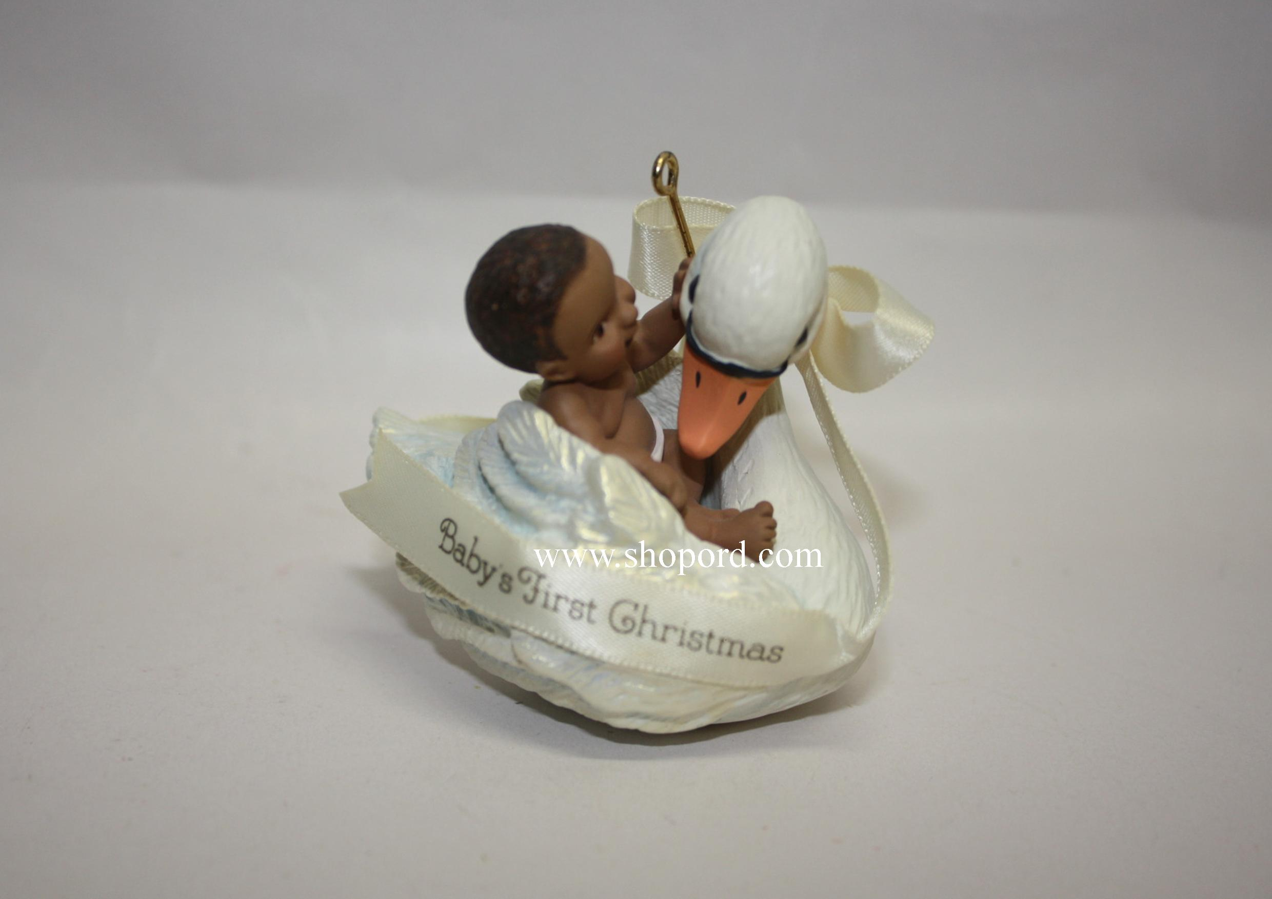 hallmark 2005 babys first christmas ornament african american qxg4602 - African American Christmas Decorations