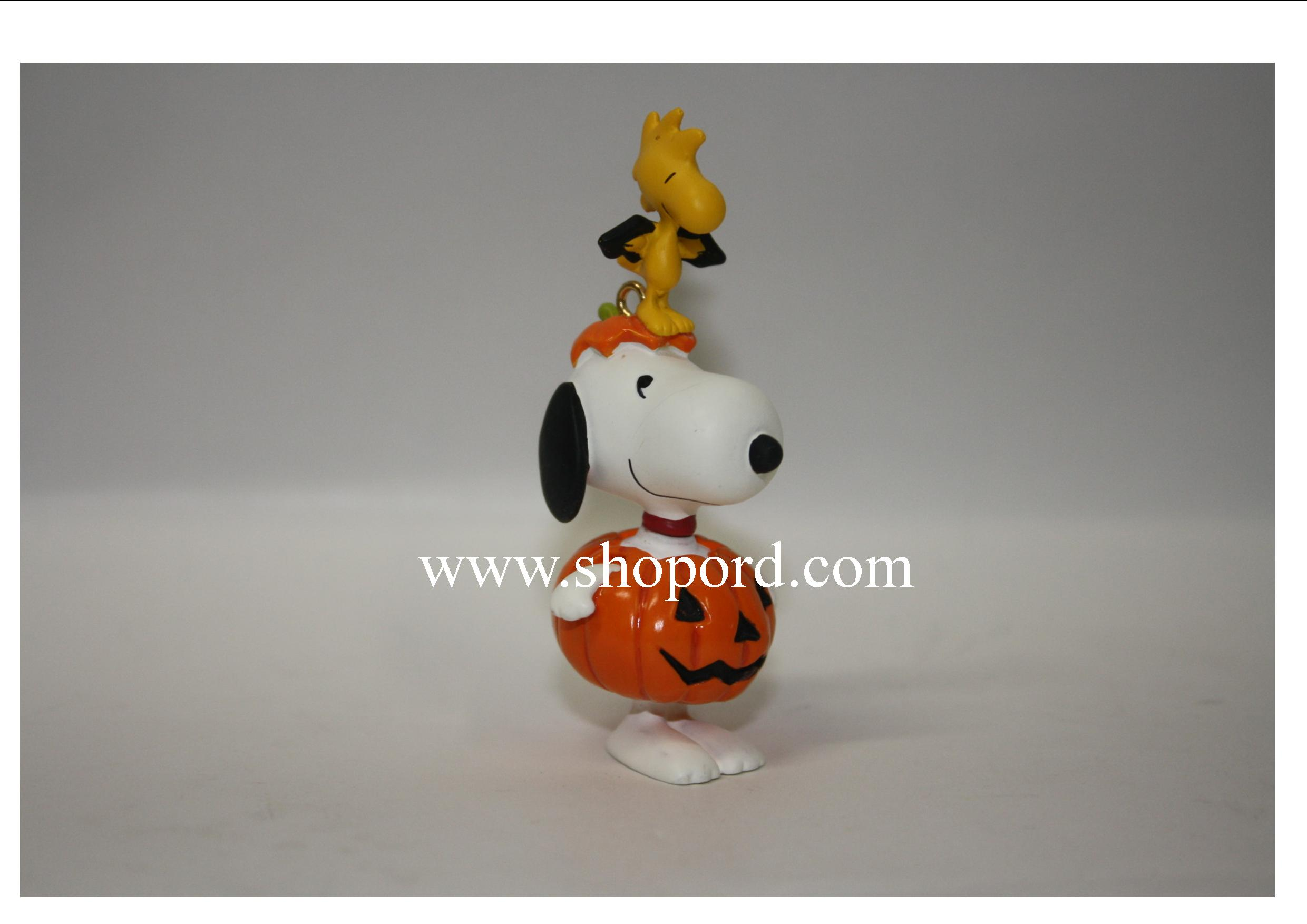 Hallmark 2009 The Peanuts Gang Halloween Ornament Dressed Up Duo ...