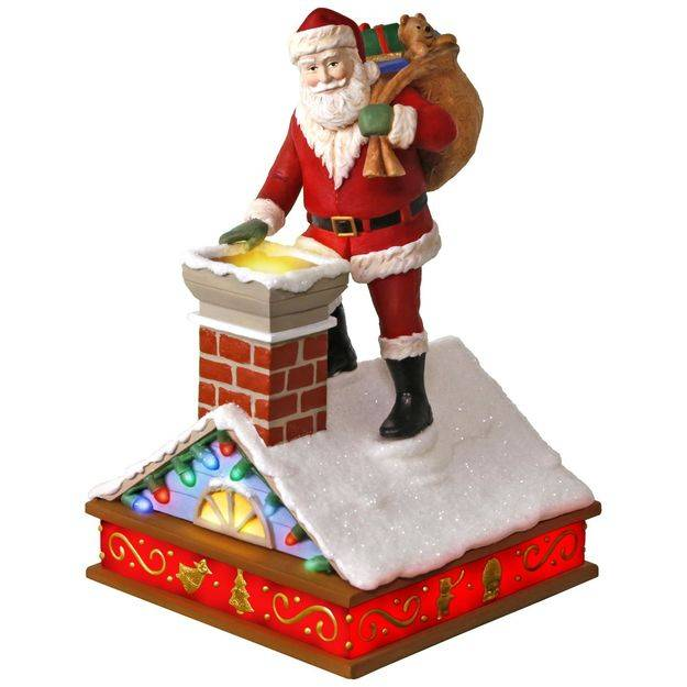 Hallmark 2017 Keepsake Up On the Housetop Ornament QX9372