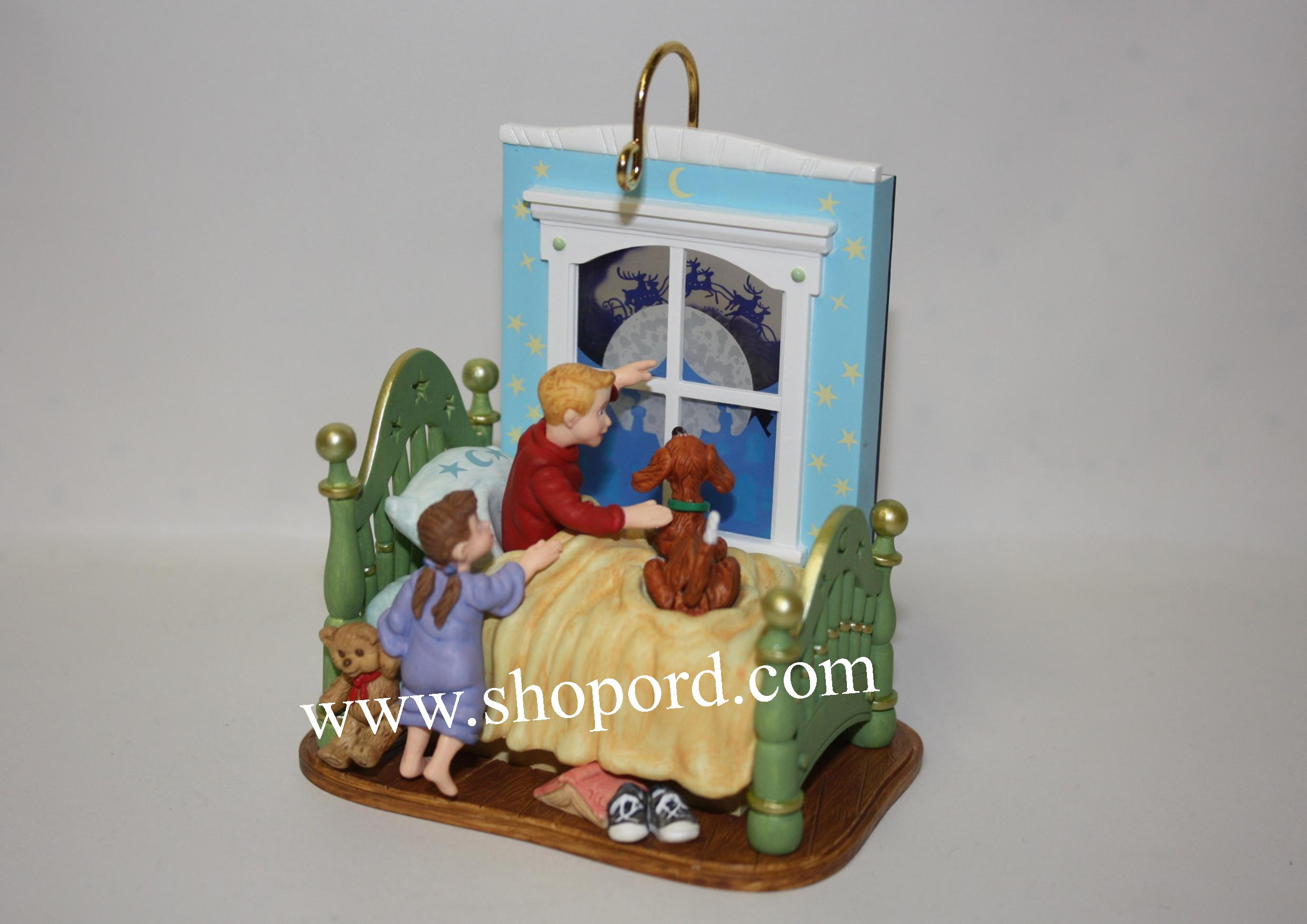 Hallmark 2002 A Time To Believe Ornament Windup QX8506