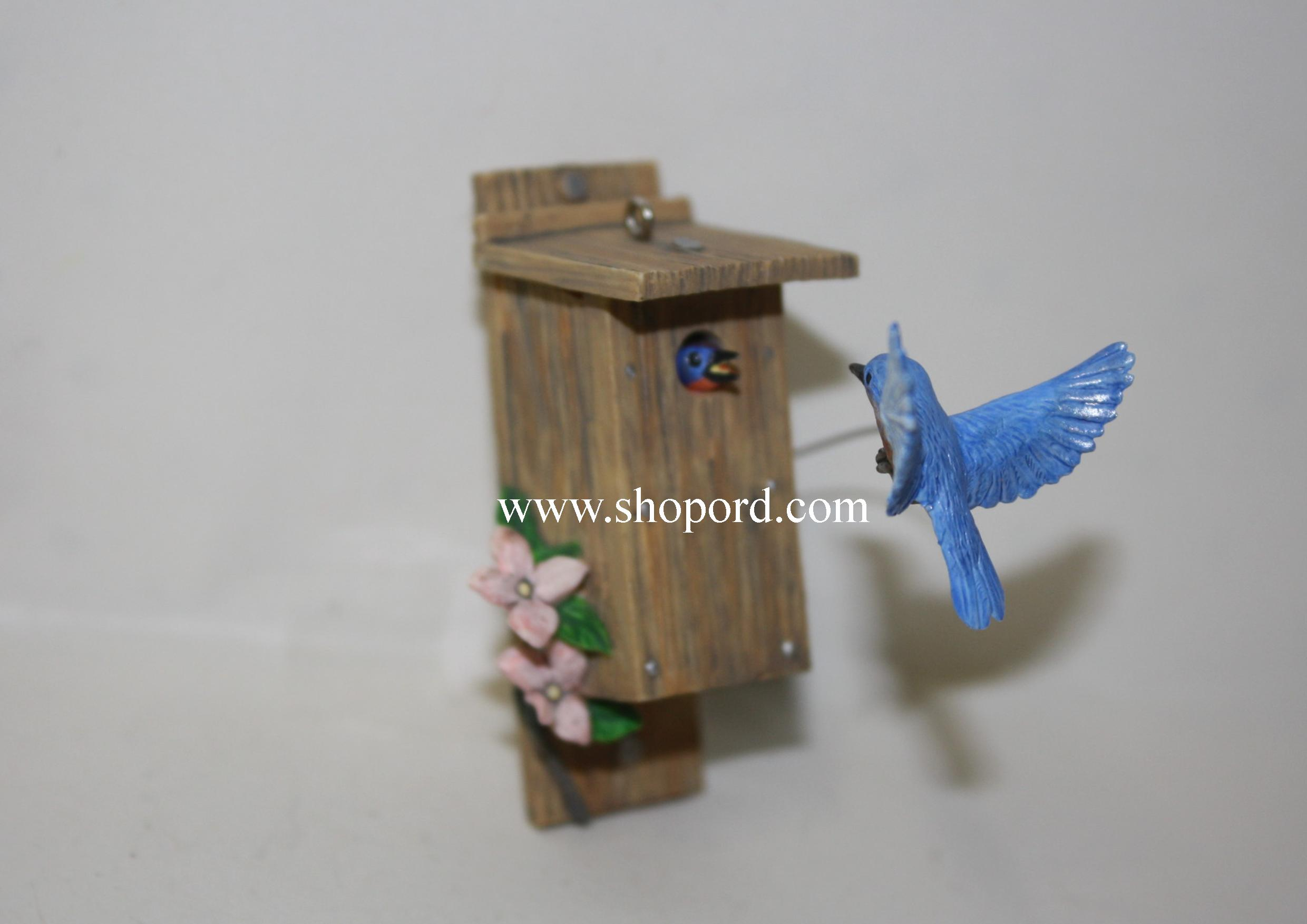 Hallmark 2000 Eastern Bluebird Spring Ornament 1st In The Spring Is In The Air Series QEO8451 Slightly Damaged Box