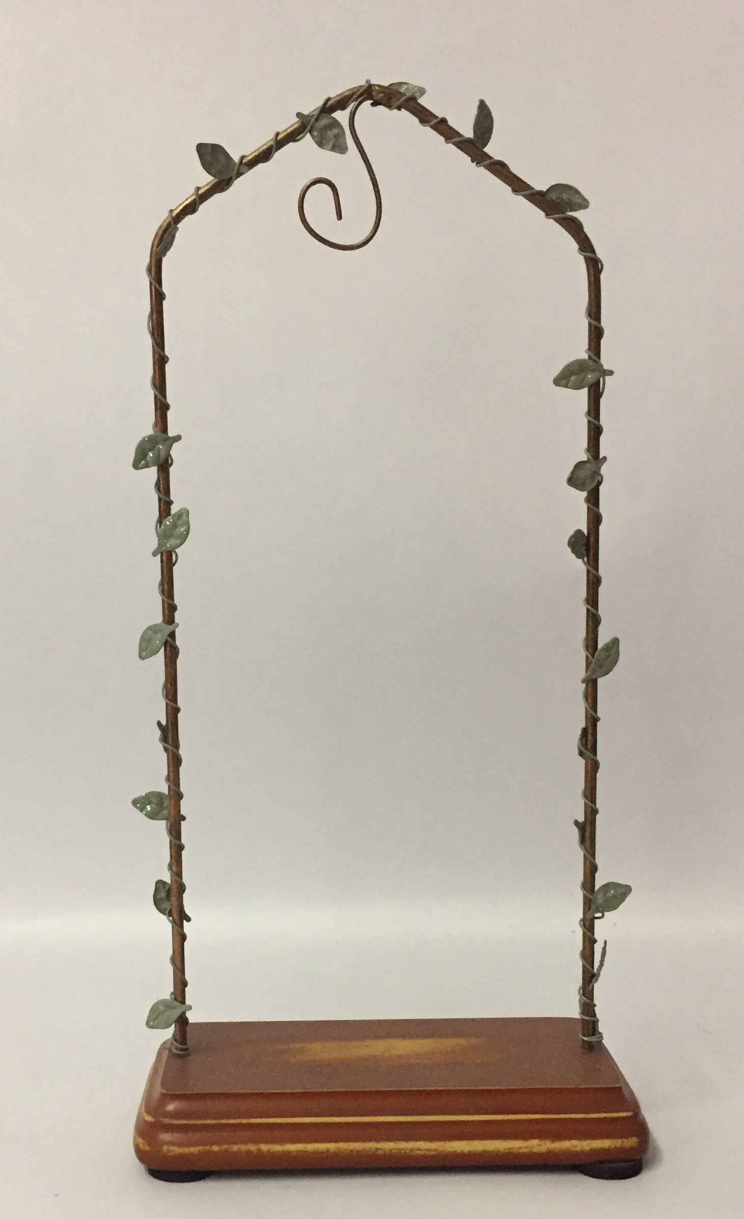 Enesco Foundations Hanging Ornament Stand 113286