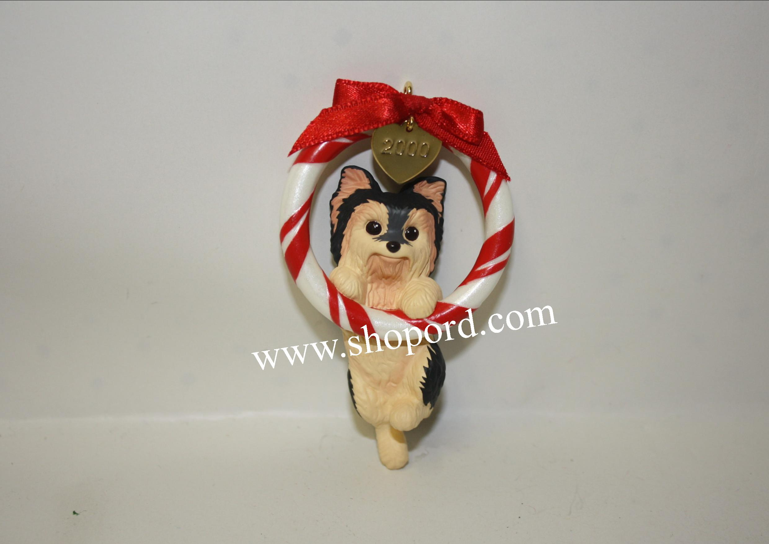 Hallmark 2000 Puppy Love Ornament 10th In The Series QX6554
