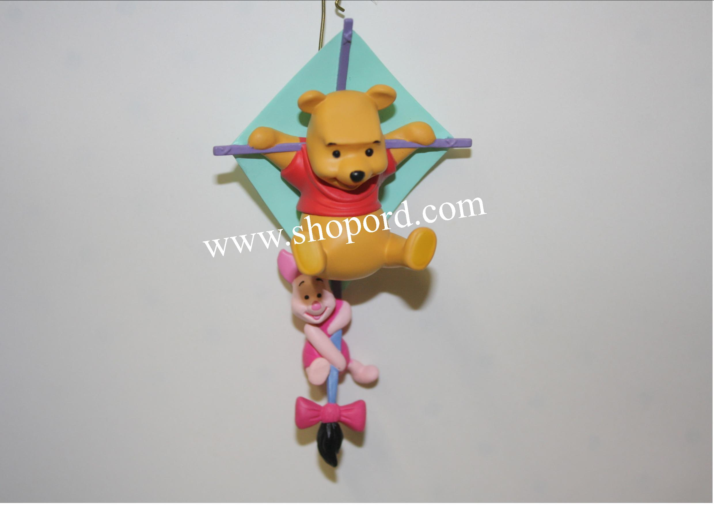 Hallmark 2001 Riding On The Breeze Winnie The Pooh Spring Ornament QEO8616