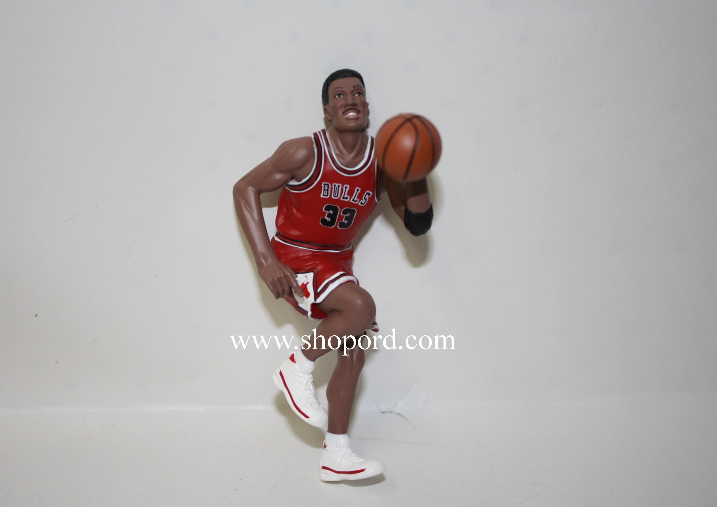 Hallmark 1999 Scottie Pippen Ornament 5th In The Hoop Stars Series QXI4177 No Box