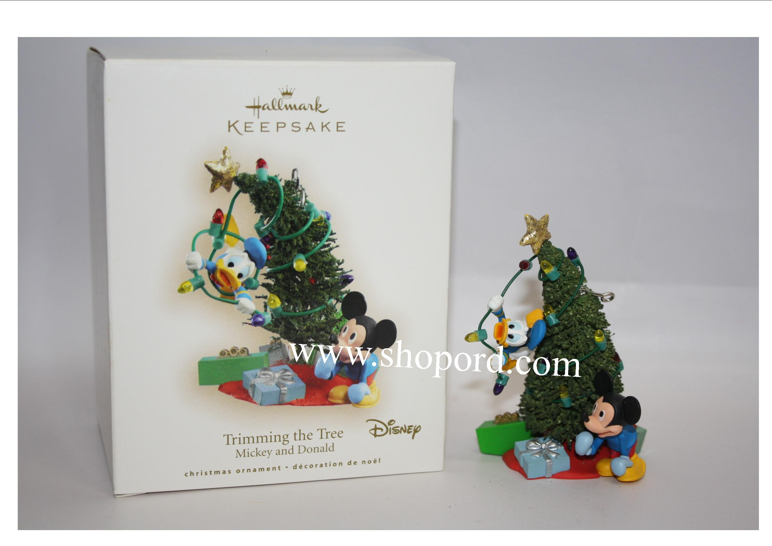 Hallmark 2007 Trimming the Tree Disney Mickey and Donald Ornament QXD4219