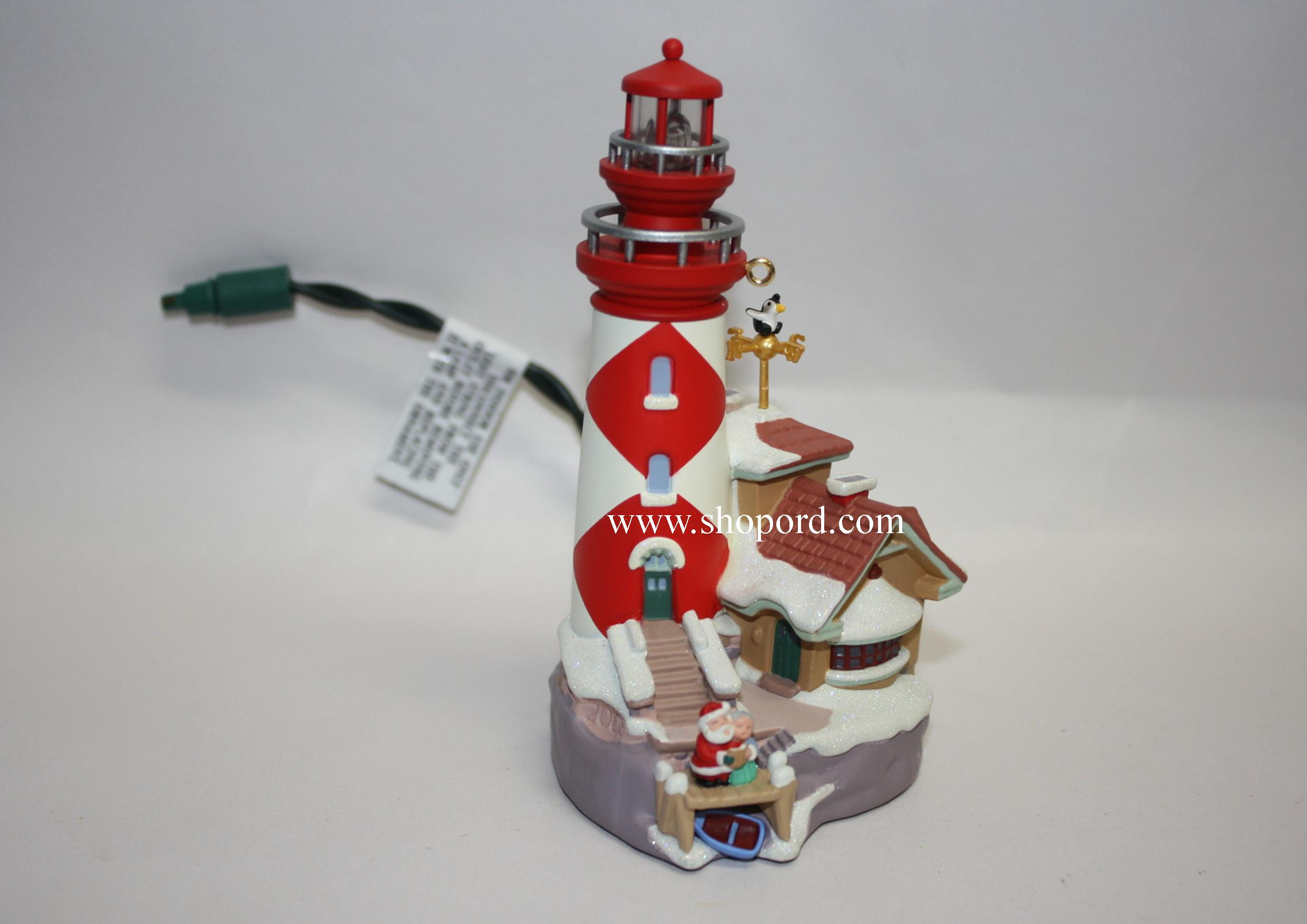 Hallmark 2005 Lighthouse Greetings Ornament 9th in the series QX2272