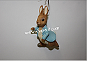 Hallmark 2001 Peter Rabbit Spring Ornament QEO8545