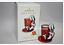 Hallmark 2006 Love You a Latte Looney Tunes Ornament QXI6143