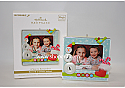 Hallmark 2010 A Year to Remember Ornament Recordable Photo Holder Ornament Magic QXG3143
