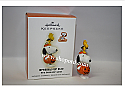 Hallmark 2009 The Peanuts Gang Halloween Ornament Dressed Up Duo QFO4005