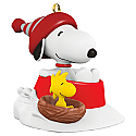 Hallmark 2017 Keepsake Winter Fun with Snoopy QXM8632