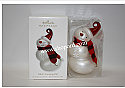 Hallmark 2010 Whats Snowing On Ornament QXG7396