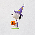 Hallmark 2018 Keepsake Trick-or-Treat Snoopy Ornament QFO5256