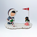 Hallmark 2012 Frosty Friends Ornament 33rd in the series QX8044