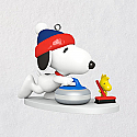Hallmark 2018 Keepsake Winter Fun with SNOOPY Miniature Ornament QXM8146