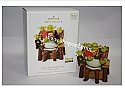 Hallmark 2008 A Nice Family Christmas Shrek the Halls Magic Ornament QHC4044