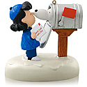 Hallmark 2014 Peanuts Snoopy's Christmas Greeting Ornament Lucy the Peanuts Gang QXI2566