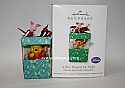 Hallmark 2011 A Big Present for Piglet Ornament Winnie the Pooh Collection QXD1126