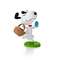 Hallmark 2013/2014 The Peanuts Gang (Snoopy) It's the Easter Beagle Ornament 9th in a monthly series QX9842
