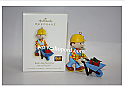 Hallmark 2007 Bobs Big Surprise Bob the Builder Ornament QXI4387