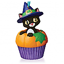 Hallmark 2015 Punkin Kitty Ornament 3rd In The Keepsake Cupcake Series QHA1038