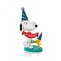 Hallmark 2013 The Peanuts Gang (Snoopy & Woodstock) New Year's Celebration Ornament 6th in a monthly series QX9825